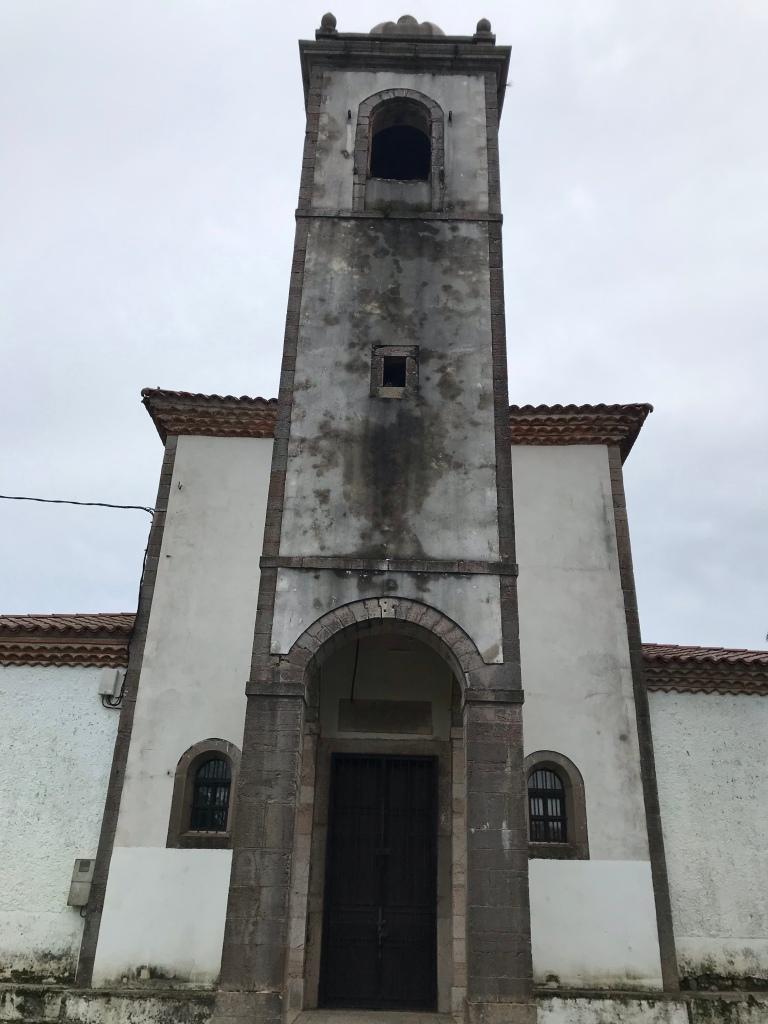 Iglesia de Poo de Llanes